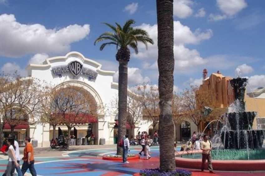Parque Warner busca convertirse en un destino turístico propio